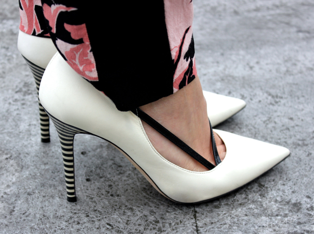 Romance shoes