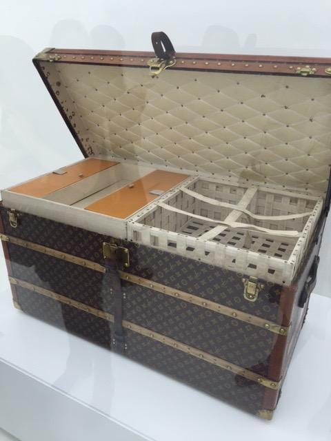 Classic LV trunk