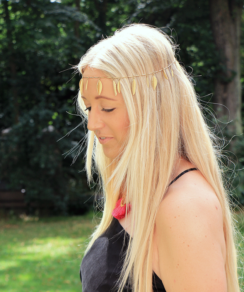 feather_headband